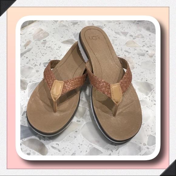 0973fb83409 UGG Lorrie Flip Flop Sandal
